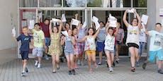 Schulschluss in Wien: Zeugnis zeigen und Goodie abholen