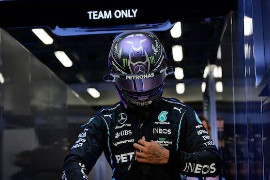 Lewis Hamilton zeigt sich nach den Freitags-Trainings frustriert.