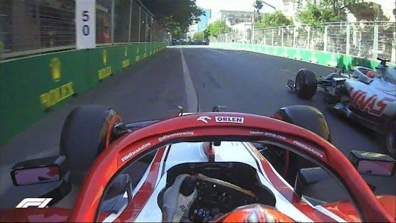 Nikita Mazepin blockiert Kimi Räikkönen.