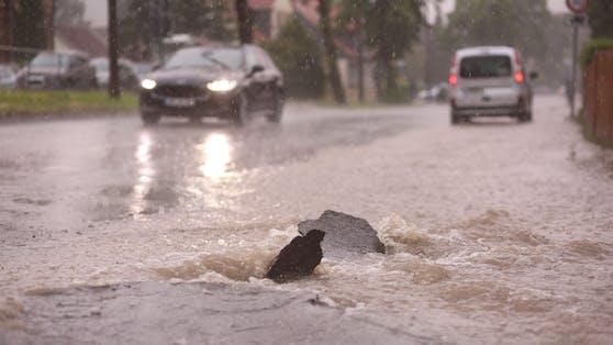 Schwere Gewitter mit Hagel und Starkregen nähern sich Wien (Symbolfoto)