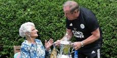 Verlobungsring für Frau (96), weil Klub FA-Cup gewann