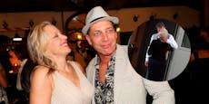 Gregor Bloeb küsst fremd – sie ist keine Unbekannte