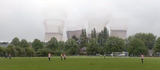 Das Kohlekraftwerk in Rugeley wird gesprengt