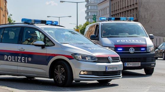 """Ermittler des Landeskriminalamts verhinderten am Dienstagabend zuerst einen geplanten Raub in Wien-Favoriten, danach crashten sie eine """"Heroinparty"""". (Symbolfoto)"""