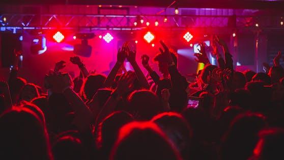 Clubs und Diskotheken durften mit der 3G-Regel wieder aufsperren (Symbolbild).