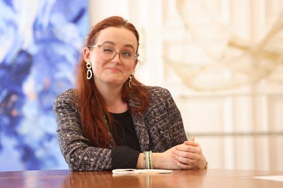 """""""Mir geht's ja auch so, auch ich vermisse Partys"""", so Laura Sachslehner (ÖVP)."""