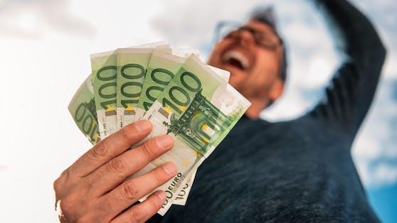 Der geplante 500 Euro Corona-Bonus sorgt nicht nur für Jubel.
