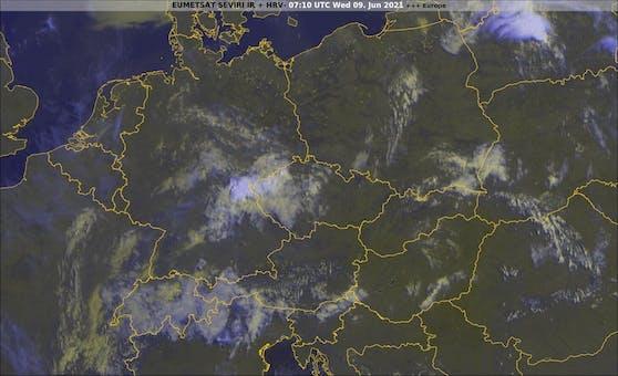 Aktuelles Satellitenbild von 9.10