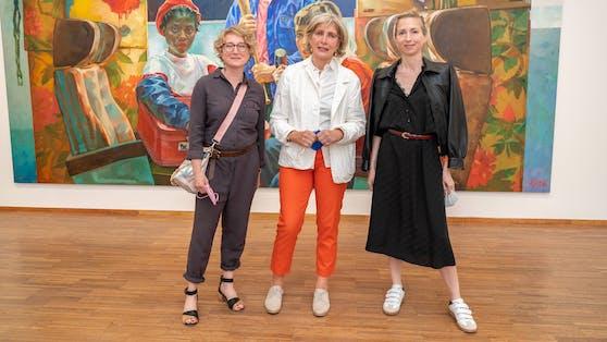 Xenia Hausner mit Schwestern Jessica (l.) und Tanja (r.)