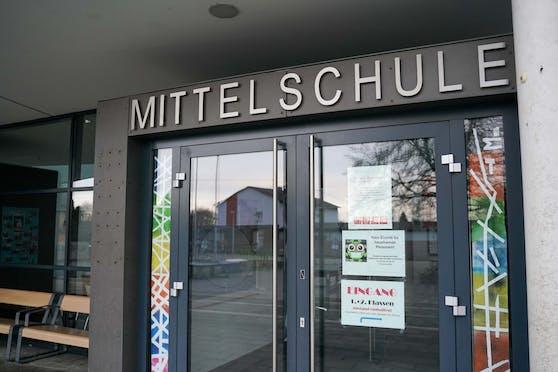 Vor der MS Altheim kam es vor einer Woche zu einer Messer-Attacke auf einen 14-Jährigen.