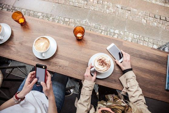 Die Österreicherinnen und Österreicher trinken am liebsten einen Verlängerten, gefolgt von einem Cappuccino und einem Espresso an dritter Stelle.