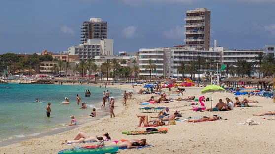 Touristen auf Mallorca (Symbolbild)