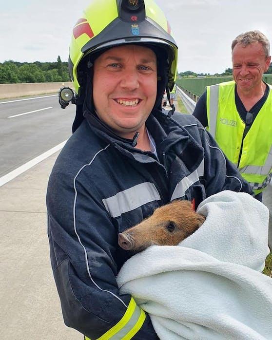 Die Feuerwehr konnte das Tier an einem sicheren Ort wieder frei lassen.