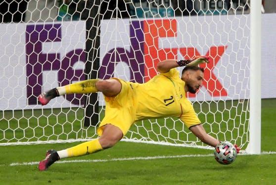 Italien-Keeper Donnarumma wurde im Finale zum Elfmeter-Helden.
