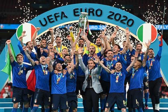 Italien jubelt über den Europameistertitel.