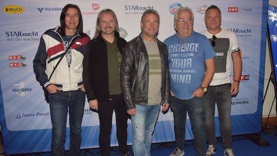 Seit Mitte der 90er-Jahre sorgen die Nockis für Erfolge am laufenden Band.Viele der inzwischen erschienenen Alben erreichten Gold- und Platinstatus, dazu erhielten sie den Amadeus, zwei Smago!-Awards und den Grand Prix der Volksmusik.