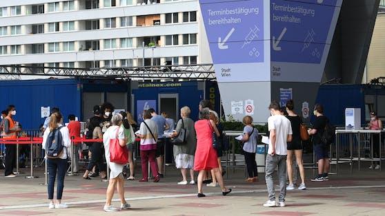 Die Impfstraße im Austria Center