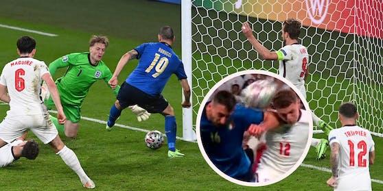 Cristante leitet den Ball mit dem Oberarm weiter. Bonucci drückt ihn über die Linie.