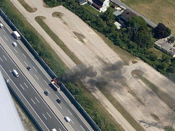 Fahrzeugbrand: Mächtige Rauchsäule bei St. Pölten