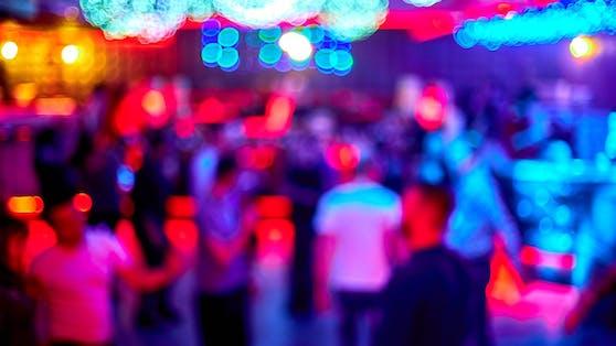 Ein Corona-Infizierter besuchte eine Disco in der Steiermark.