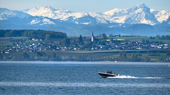 Motorboot am Bodensee (Symbolbild)