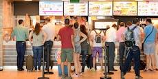 Zu lange Wartezeit – Fast-Food-Fan sticht mit Messer zu