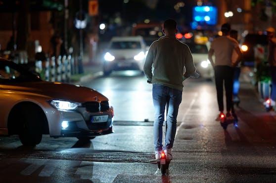 Kurz vor Mitternacht ereignete sich am Montagabend in der Engerthstraße in Wien-Brigittenau ein Verkehrsunfall. (Archivbild)