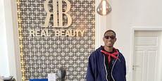 """Real Beauty"" Alaba dank Goldmaske schick für Madrid"