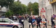 Rechtsextreme demonstrierten vor Favoritner Asylzentrum