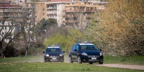 Streifenwagen der italienischen Polizei. (Symbolbild)
