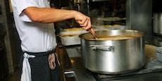 Junger Koch stirbt nach Sturz in heiße Hühnersuppe
