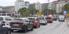 Nadelöhr: Nun täglich 20 Minuten Stau am Schwedenplatz