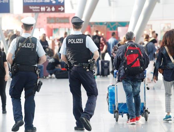 Am Dienstag gab es am Flughafen Düsseldorf einen Messerangriff. (Archivbild)