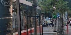 VW-Lenker crasht am Ring mit Wiener Straßenbahn