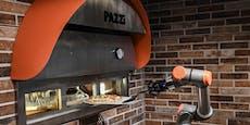 Dieser Koch schafft 80 Pizzas in der Stunde