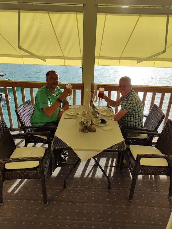 Johannes und Harald gewannen einen Kurzurlaub in Klagenfurt und genossen diesen auch sichtlich!