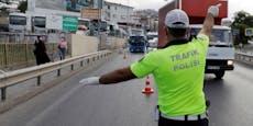 Wiener (34) rast im Türkei-Urlaub zwei Polizisten tot