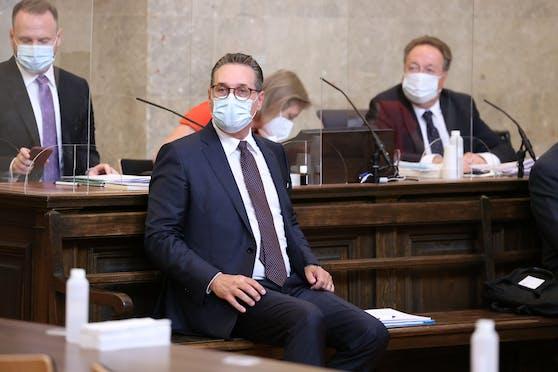 Ex-Vizekanzler Strache sitzt auf der Anklagebank (Dienstag, 06. Juli 2021)
