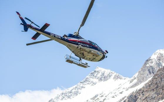 """Der Polizei-Hubschrauber """"Libelle"""" war im Einsatz. Symbolbild"""