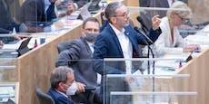 Politiker lassen im Parlament öfter die Maske fallen
