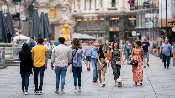 Menschen in der Innenstadt am Graben in Wien