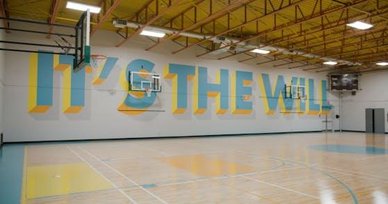 In Zusammenarbeit mit der Stadt Toronto, HXOUSE und den weltberühmten Künstlern The Weeknd und NAV wurde der Basketball-Court Toronto Lawrence Heights komplett überholt.