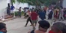 Lynchjustiz: 600 Menschen gehen auf Mann los – tot
